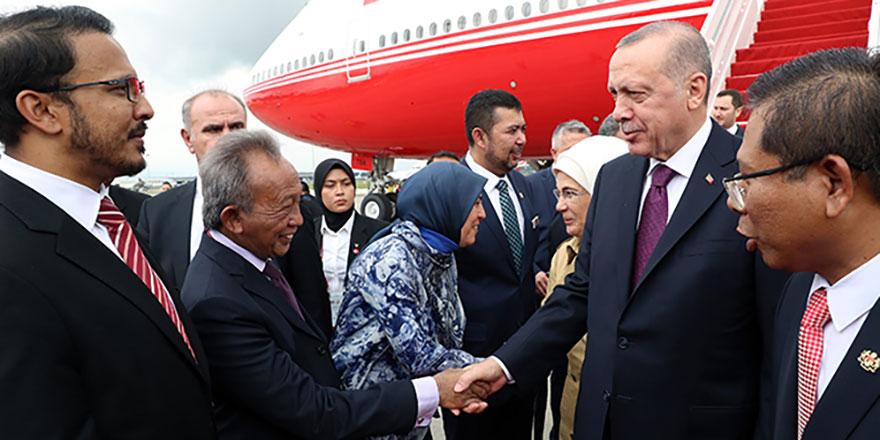 Cumhurbaşkanı Erdoğan Malezya'da