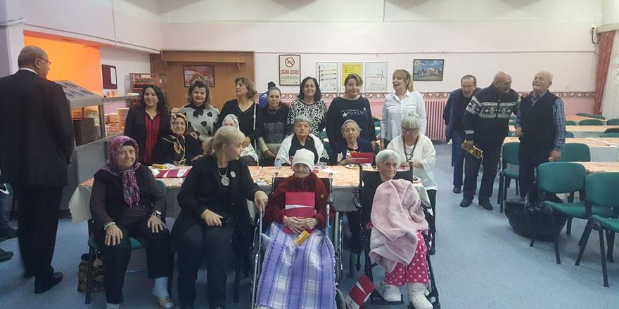 Kırşehirli kadınlar yaşlıları unutmadı