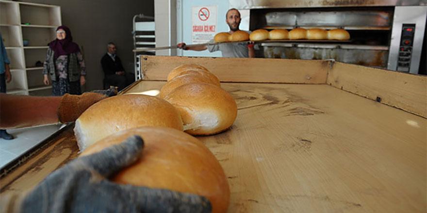 Ankara'da ekmek yeniden 1 lira 25 kuruş oldu