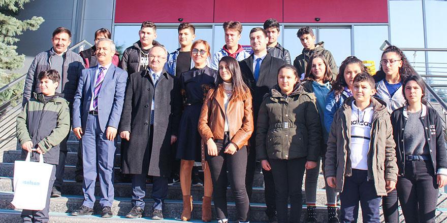 Kırşehirliler Vakfı, Kamanlı öğrencileri Ankara'da ağırladı