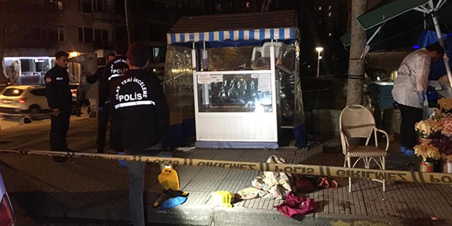 Kadıköy'de sokak ortasında dehşet