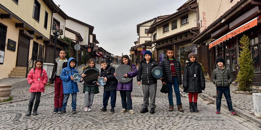 Kale'nin çocuklarından ritim grubu