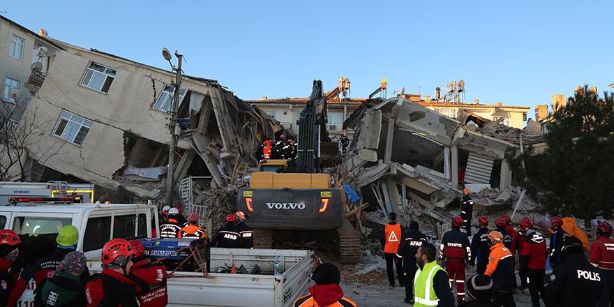 Elazığ'da deprem: 22 kişi öldü