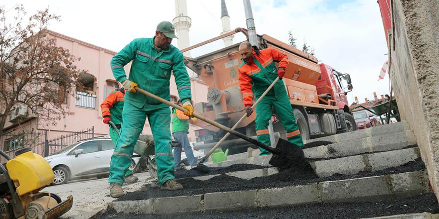 Çankaya'dan merdivenli yol yapımı