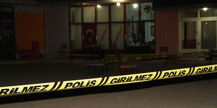 Keskin'de kıraathaneye saldırı! Akrabalarına kurşun yağdırdı: 3 ölü, yaralı