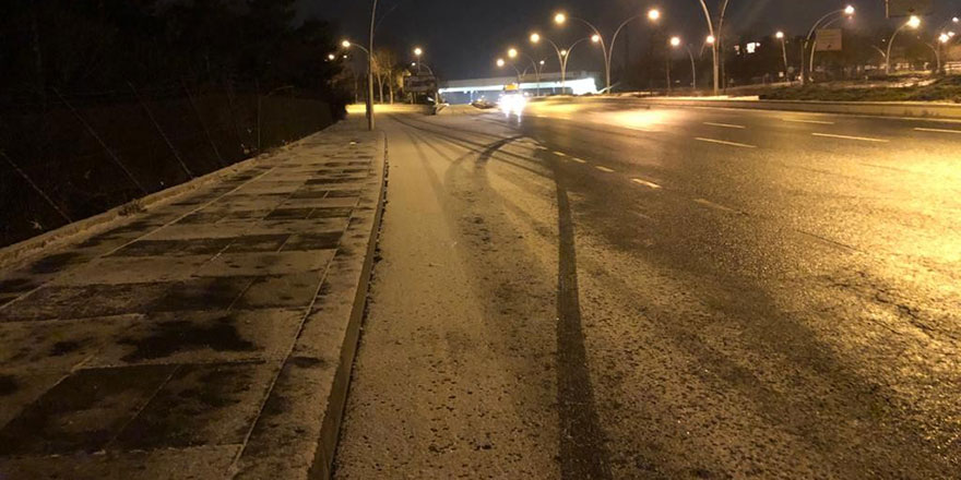 Ankara'da Mart ayında kar yağışı