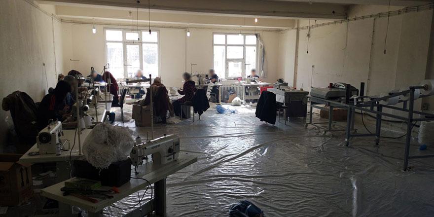 Altındağ'da kaçak maske üreticisi mühürlendi