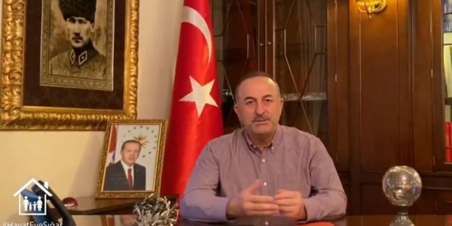 """Bakan Çavuşoğlu'ndan """"Evde kal"""" çağrısı"""
