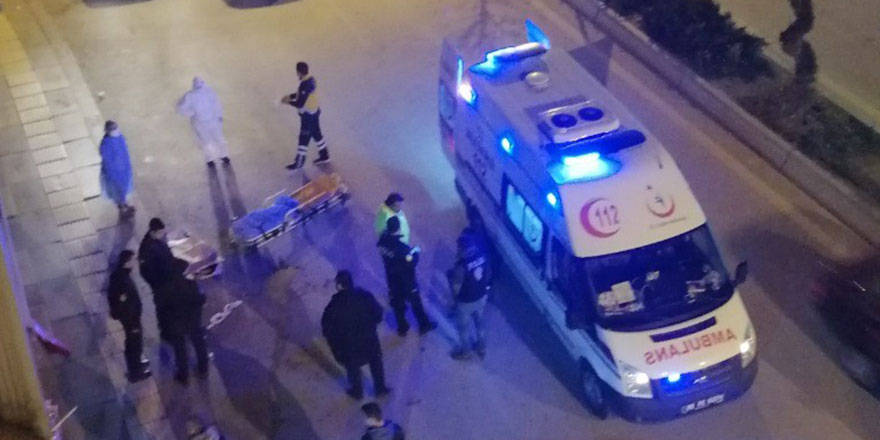 Gölbaşı'nda sinir krizi geçiren şahıs polise ve sağlık ekiplerine zor anlar yaşattı