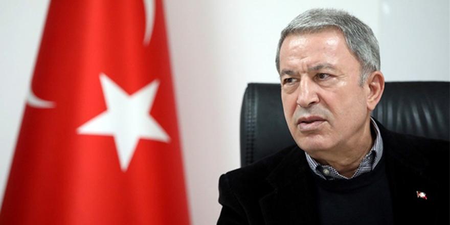 Bakan Akar: 'Kasım 2019 celp döneminin hizmet süresi uzatıldı'
