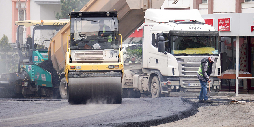 Ankara Büyükşehir'den sokağa çıkma yasağında asfalt atağı