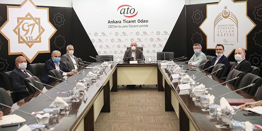 """Baran: """"Ankara tekstil sektörünün de başkentidir"""""""