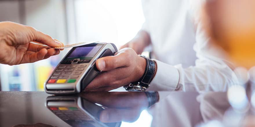 Salgın kredi kartı başvurularını yüzde 104 artırdı