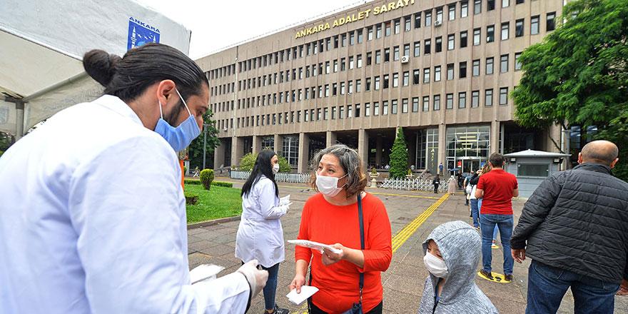 Yargı mensuplarına ücretsiz maske dağıtımı