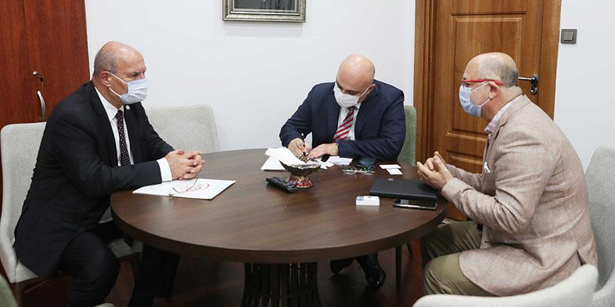 Halkbank Genel Müdürü Arslan ATO üyeleri ile buluştu