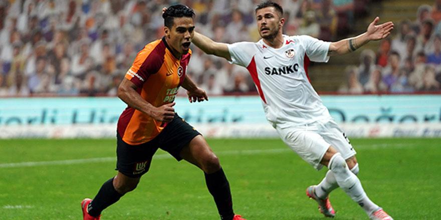 Galatasaray'da Falcao şoku!