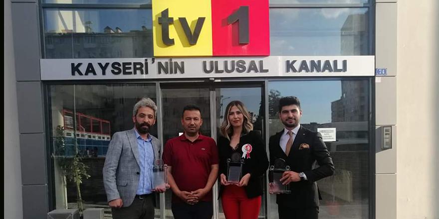 Tv1 ve Yenidoğan gazetesine 3 ödül birden verildi
