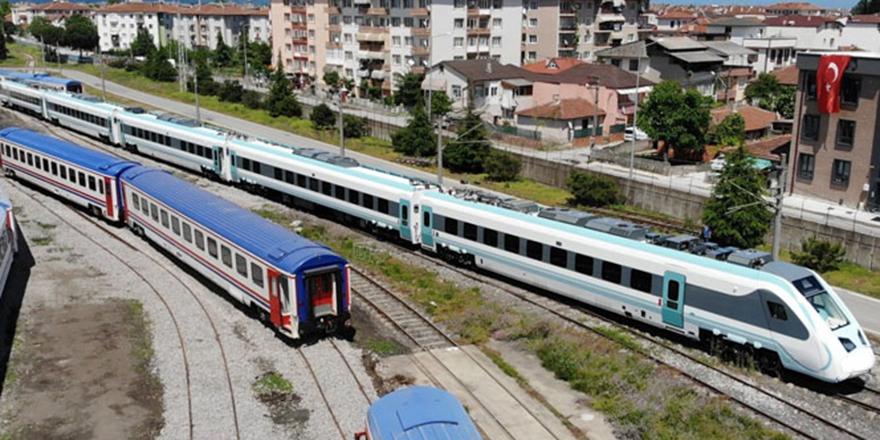 Yerli ve milli hızlı tren raylara iniyor