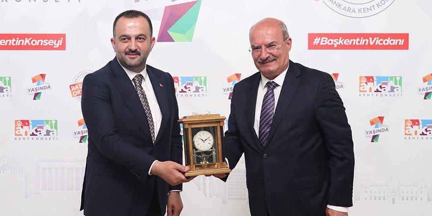"""ATO Başkanı Baran: """"Ticaret için de turizmi geliştirmek gerekiyor"""""""