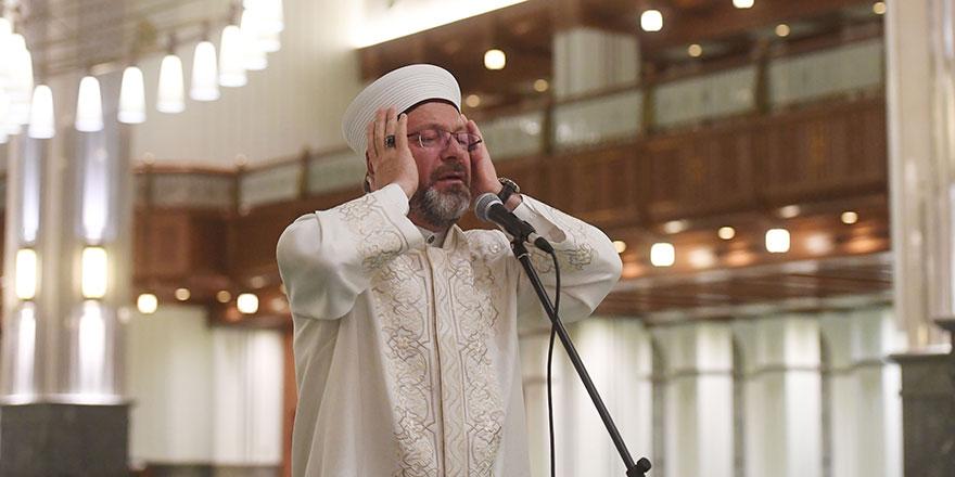 Erbaş, 15 Temmuz gecesi için Millet Camisinde sela okudu