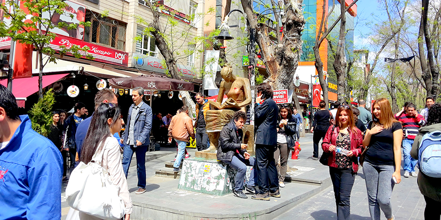 Ankara'da korona tanısı bilmecesi: Hangisi doğru?