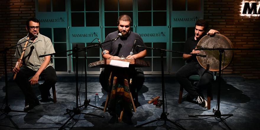 Santur konseri Mamak'ı büyüledi