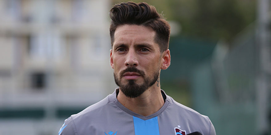 Fenerbahçe, Jose Sosa'yı transfer etti