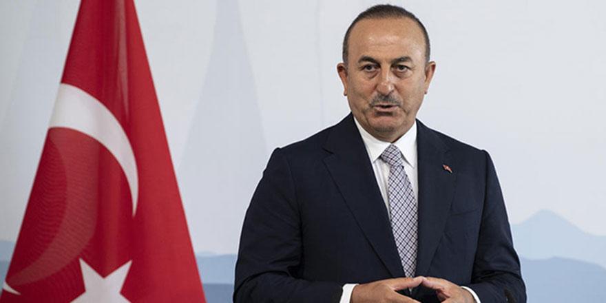 Bakan Çavuşoğlu: Şımarıklıktan vazgeçin