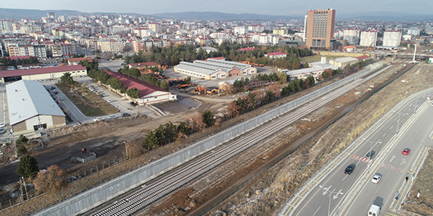 Ankara- Sivas YHT hattı sefere başlıyor