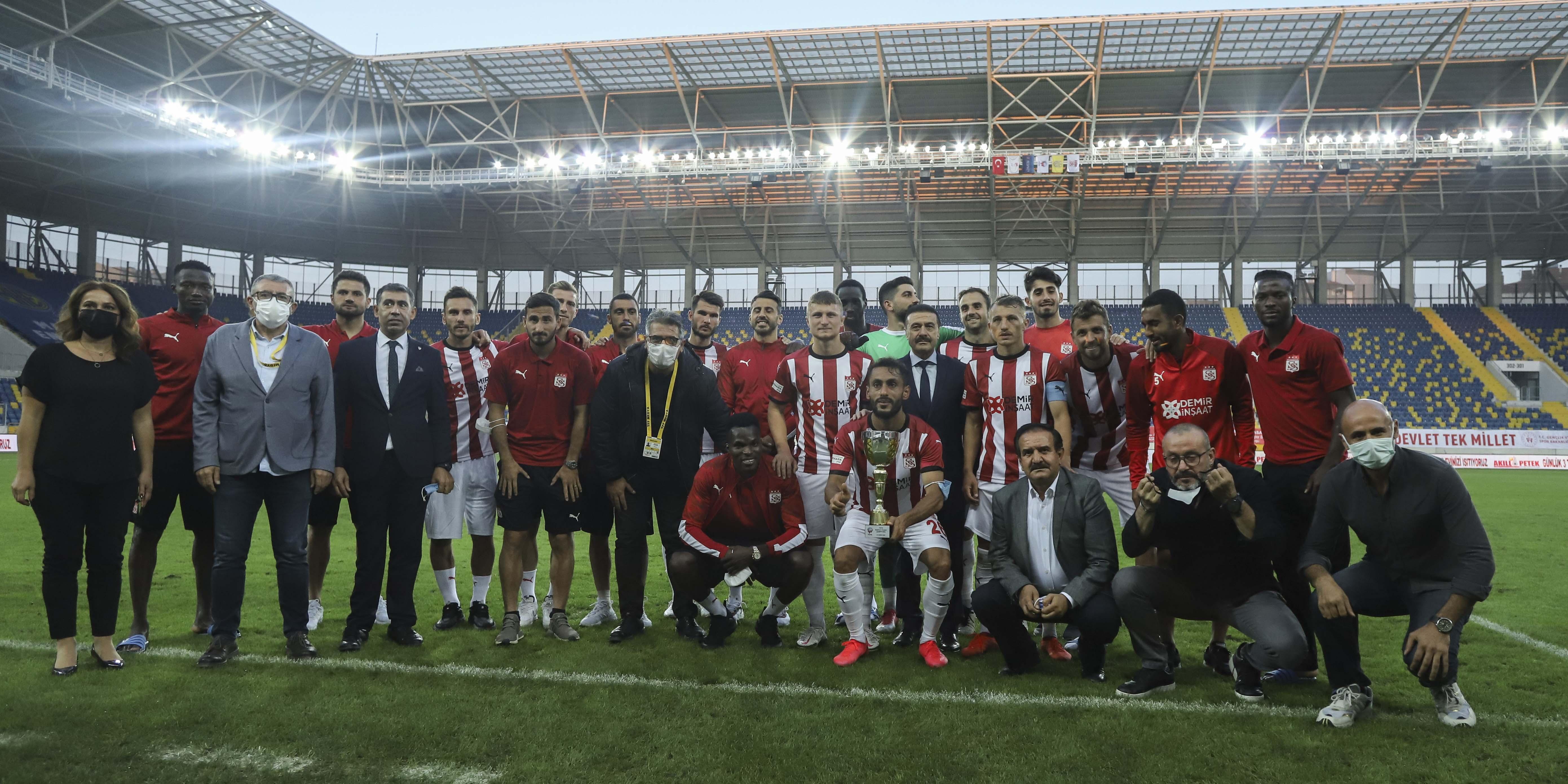 Başkent Kupası Sivas'ın
