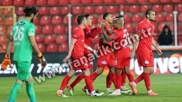 Akhisar Belediyespor 0-1 Kasımpaşa