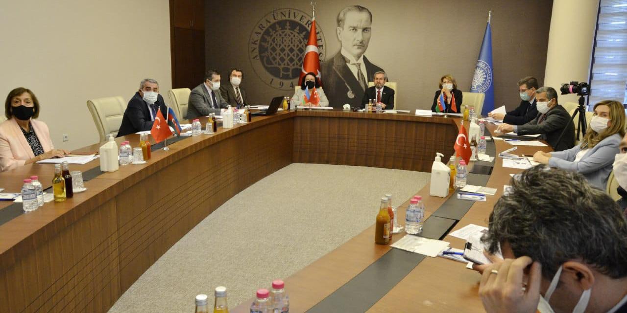 Ankara Üniversitesi'nden Azerbaycanlı öğrencilere destek