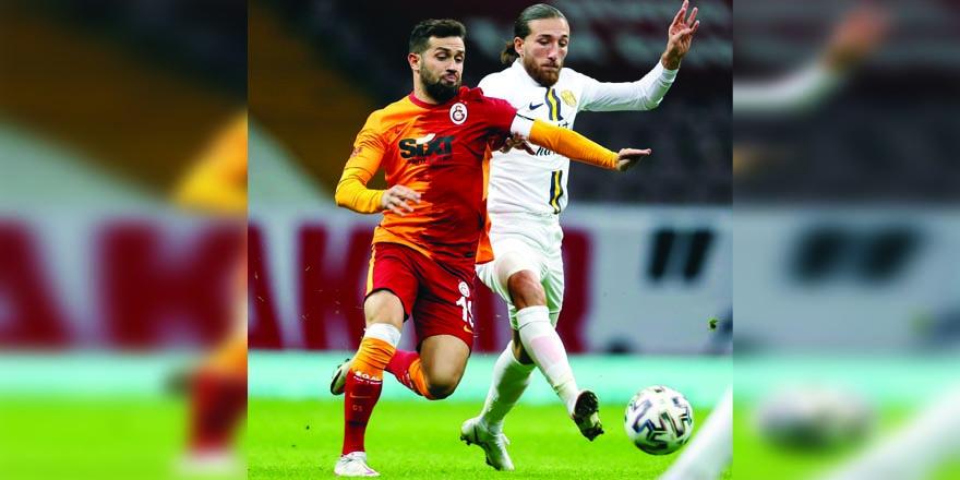 Galatasaray Babel'le güldü