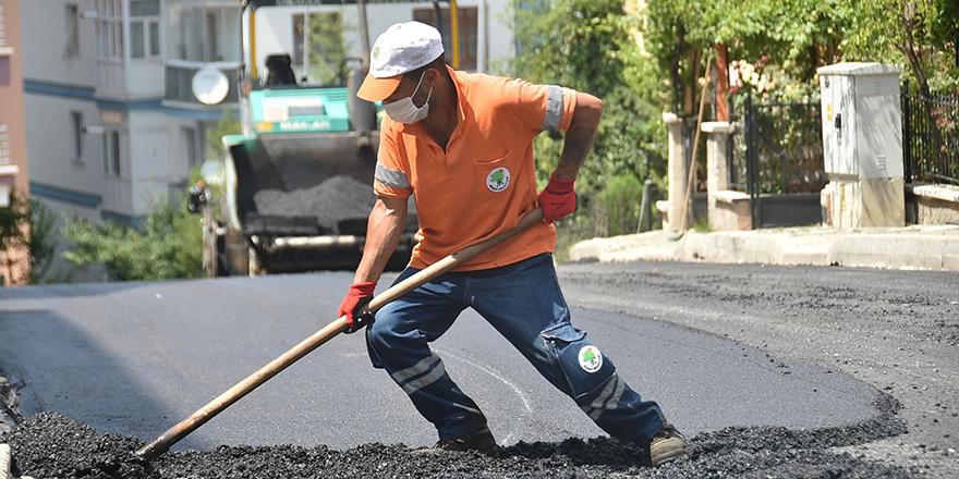 Mamak'ta asfalt çalışması hız kesmiyor