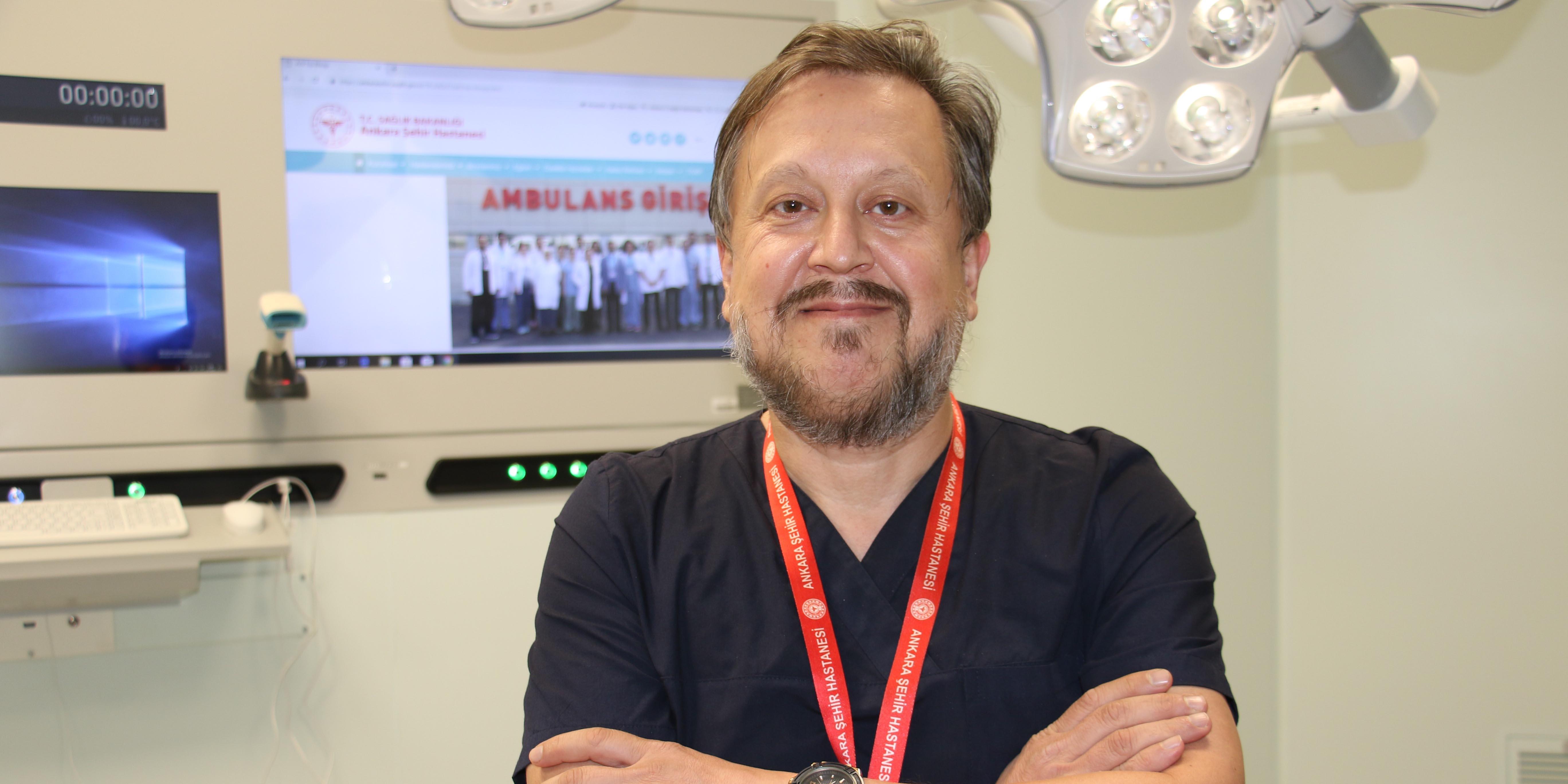 Prof. Dr. Oğuztürk mutasyona uğramış Covid-19 virüsü hakkında uyardı