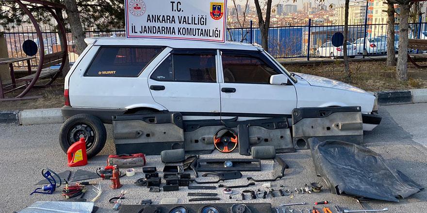 Otomobil hırsızları anında yakalandı