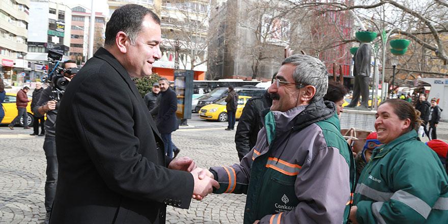 """Taşdelen'den """"Belediye çalışanlarına aşıda öncelik"""" talebi"""