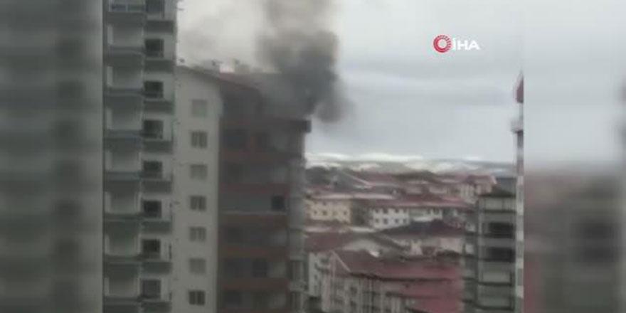 Mamak'ta apartman dairesinde yangın