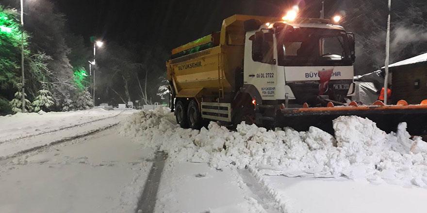 Ankara'da karla mücadele canlı yayınlanıyor