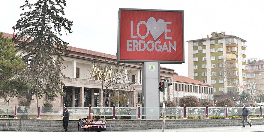 """Mamak Belediyesi'nden """"Love Erdoğan"""""""