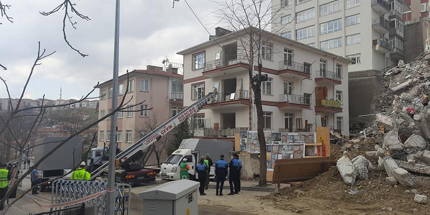 Açelya Apartmanı'nın yanındaki binalar boşaltılıyor