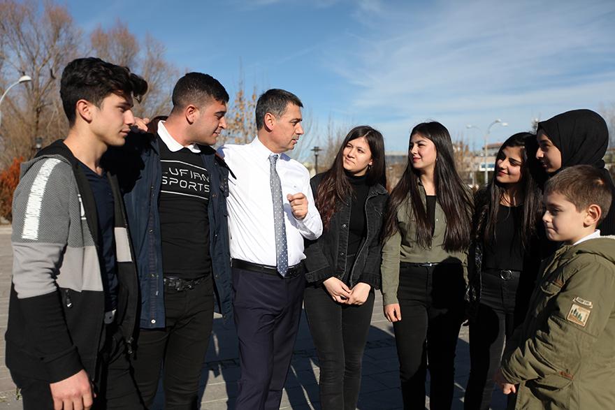 Başkan Şimşek'ten sınava hazırlanan öğrencilere müjde