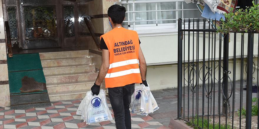Altındağ'da her haneye çöp poşeti