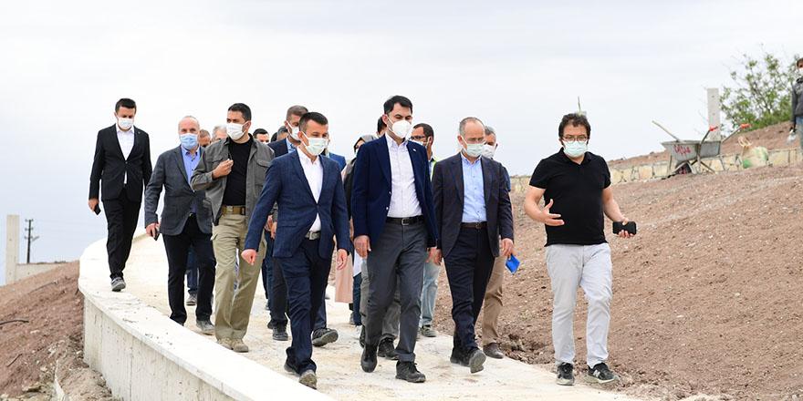 Bakan Kurum Altındağ'da projeleri inceledi