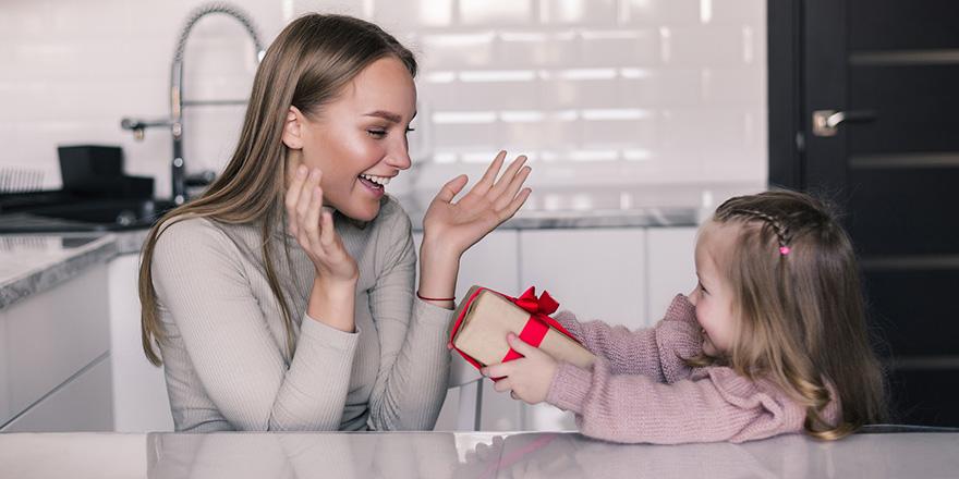 Online alışverişe anneler günü etkisi! işlem adetleri %127 arttı
