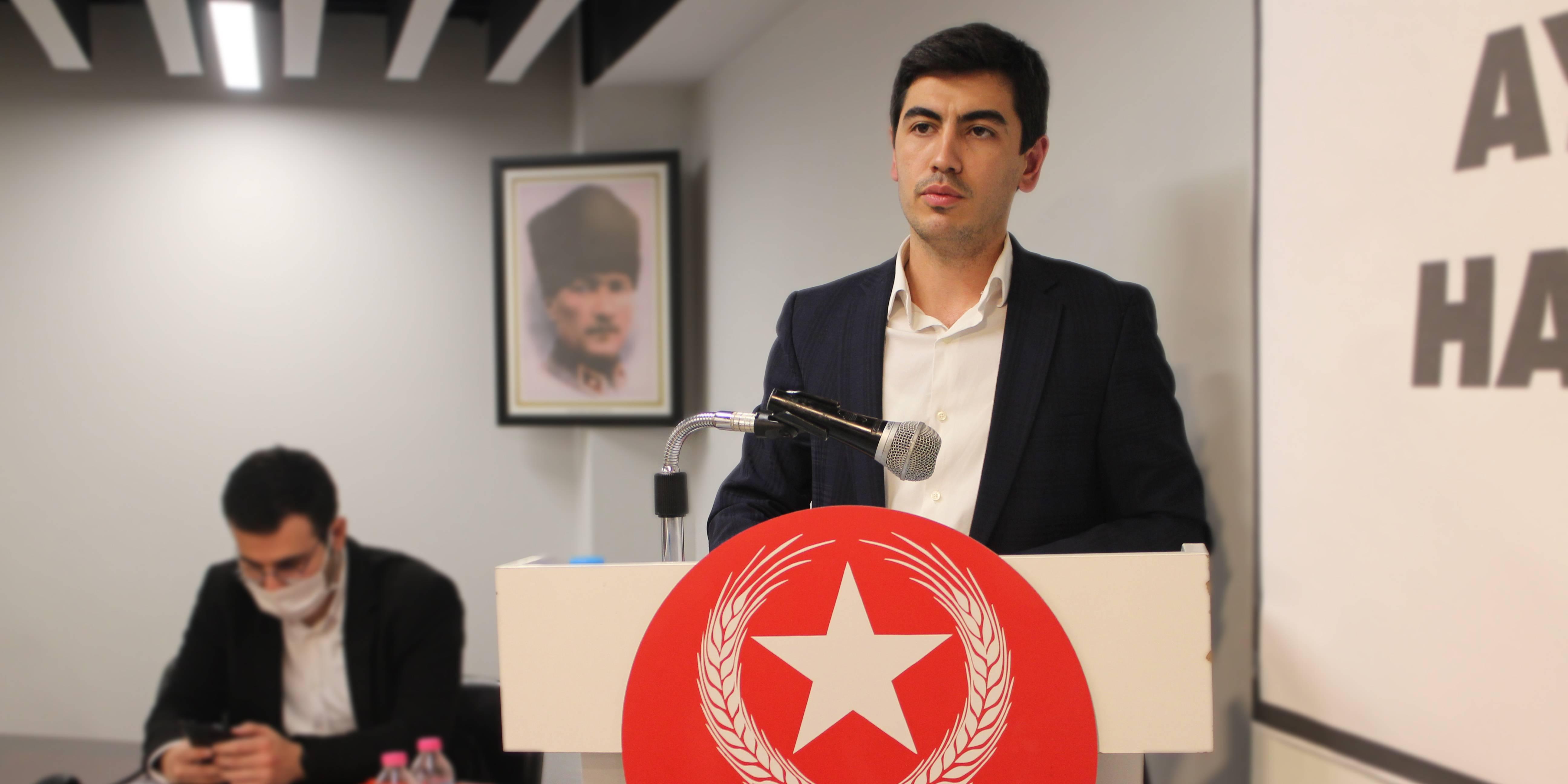 Vatan Partisi Öncü Gençlik'te bayrak değişimi