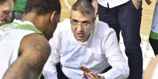 Mamak'ta koç Murat Dikmen devam ediyor