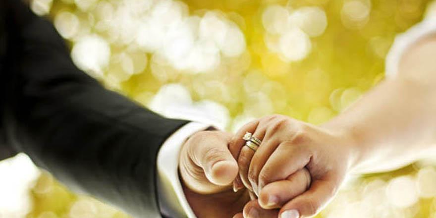 İki bayram arası nikah kıymak, evlenmek caiz midir?