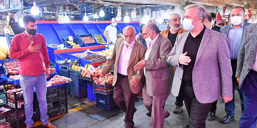 Başkan Yavaş'tan Tarihi Ulus Hali esnafına ziyaret