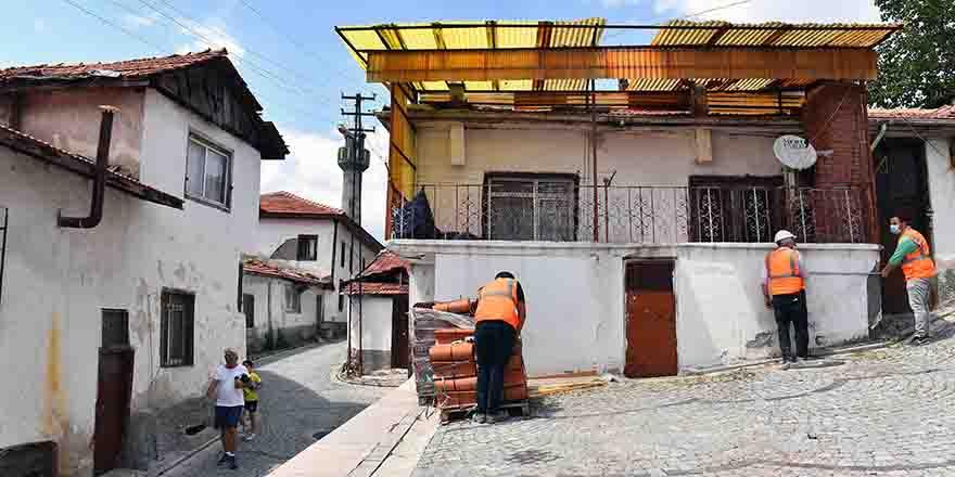 Ankara Kalesi'nde restorasyon çalışmaları sürüyor
